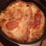 Taverna Mezzanotte - オニオングラタンスープ。とても美味でした!