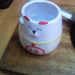 Tachitsuteto - マスコットの猫ちゃん