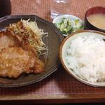 ふくよし - 豚生姜焼き定食。