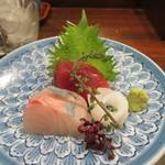 旬喜酒楽 はる田 - シマアジ、アオリイカ、インドマグロの赤身の三点盛り