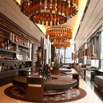 ザ マグナス 東京 - 【9階ロビー】ゲストがパーティーまでの時間を過ごす空間もお洒落な大人の雰囲気。