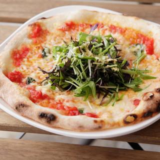カフェの域を超えた美味しさ。リーズナブルな本格ピザ