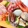 居酒屋 うおよし - 料理写真:本日の刺し身盛り合わせ1300円より