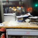 餃子館 - 女将さんの作業台