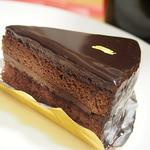 ウイスタリア - ガナッシュ仕立てのチョコレートケーキ