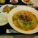 美食天地 遙華 - ☆黄金坦々麺ランチの全貌はこちらでぇ~す☆