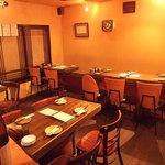 遊食屋 - 2階テーブル席