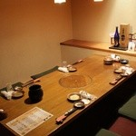 柳都庵 - 少人数でもOKの半個室は、足元ラクラク掘りごたつ。