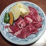 268355 - 炭火焼きのお肉