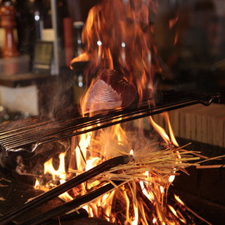 絶品鰹のタタキと他店にはない多彩な「タタキ」料理に出逢える店