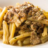 ラ アーニー マリス - シエナ風うさぎ腿肉とマッシュルームのラグー カサレッチェ