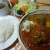 ポテじゅー - 料理写真:3日間煮込んだこだわりの「キャベツロール (700円)」+「ライス、サラダ、スープのセット (250円)」