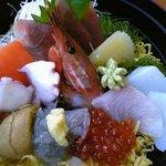 浜っこ食堂 - 海鮮丼アップで~