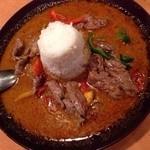 プエンタイレストラン - 期間限定カレーもご用意してます。こちらは、タイの田舎風…【パネンカレー】