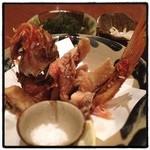 琉球島料理 田芋 - おじさんの唐揚げ。 海ぶどう、ミミガー。 さっそくリピート。 美味い旨いうまい。