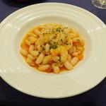 26834020 - メインで魚介を選んだ一例:小海老と白いんげん豆の煮込み