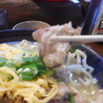与那原家 - 630えん『沖縄そば(こってり味・平麺)』2014.4