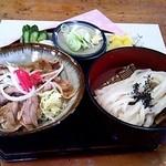 金比羅 - 豚バラしょうが焼き丼セット☆税込897円(2014/4現在)