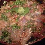貴よし - 料理写真:ぶり丼アップ