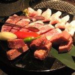 焼肉トラジ - 特選牛タン等
