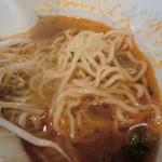ドンシュー - 麺はコシのある中細ちぢれ