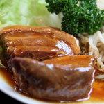 北京料理 竜馬 - 料理写真:豚の角煮。