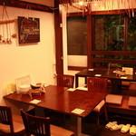 レストラン マヤ - テーブル席