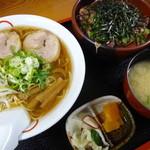 粋 - 牛たたき丼+担々麺