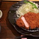 26890890 - ご飯が美味い!ご飯祭りだ!豚汁→ご飯→キャベツ→豚汁→ご飯→キャベツが止まらない!!おお!美味い!!