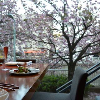 目黒川からもほど近い隠れ家レストラン
