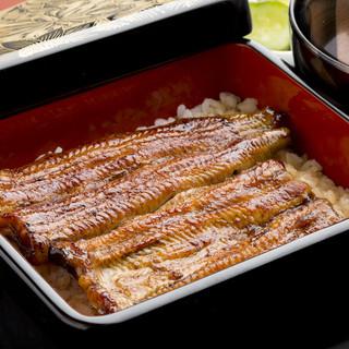 国産うなぎ伝統のたれを使用した鰻重
