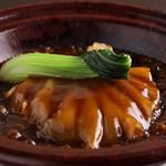 ふかひれ 胸ビレ姿煮土鍋ご飯 または 麺