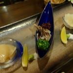 26905433 - 貝の三種盛り:1,200円。帆立、とり貝、平貝