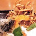 うどん亭 瀬戸香 - お野菜って天ぷらにすると甘味が増すよね。 このごぼうが香ばしくて美味しいよ。