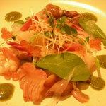 ミツバ - 赤貝と白エビ、色々魚介のフルッタヂマーレ