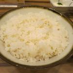 牛たん炭焼 利久 - 麦ご飯