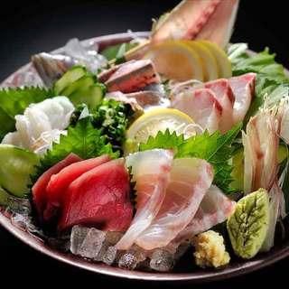 新鮮魚介にこだわる鮮度抜群のお刺身・海鮮料理をどうぞ!