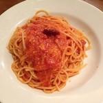 26942234 - トマトとニンニクのスパゲティ