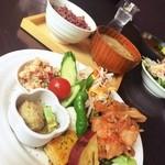 穀菜健美 cafe - 日替わり和風セット ¥1580