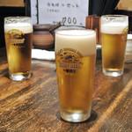 真希 - 生ビール(454円)
