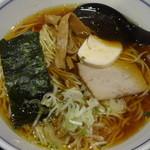 麺処直久 - 純鶏らーめん:570円