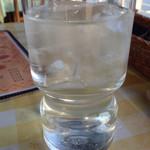 いんでいら - グラスもミッドで可愛いです。
