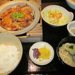 九州自慢 - 鹿児島産黒豚トンテキ膳