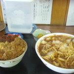味の三平 - 激辛三平みそとカツ丼セット(880円)