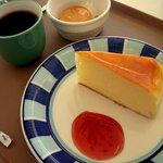 グリーンオアシス - 料理写真:チーズケーキセット