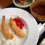BISTRO HOUSE TAKIYA - 料理写真:カレーランチ(エビフライ)