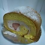 ビスケット - イチゴのロールケーキ