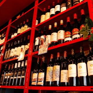 購入したワインを店内で!リーズナブルにワインを楽しんでみては