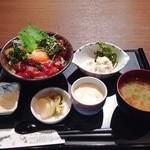 和の食 じゅあん - 今週のランチ(マグロの胡麻味噌だれ)