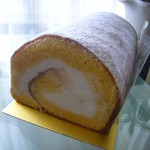 デ・レーヴ タカハシ - 料理写真:純生ロールケーキ